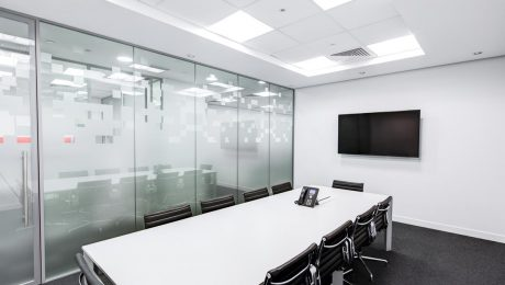 Jak urządzić małą salę konferencyjną?